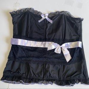 Torrid Women's Corset Black White Bows & Trim 3X